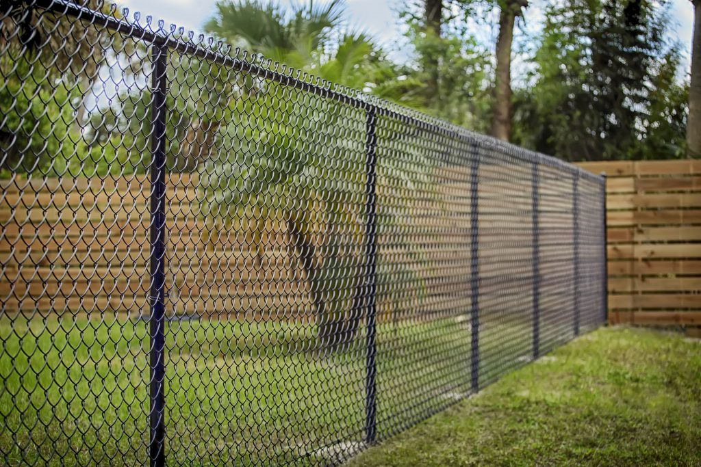 chain link fence contractor fences fencing black little rock arkansas cabot sherwood bryant benton ar
